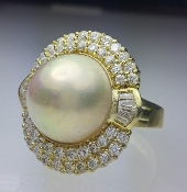 SouthSea MABE Pearl 1.86 Ctw Diamond Halo Cocktail Ring 18K Gold