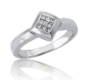 0.20 ct. t.w. Princess Cut Dazzling Diamond 18K Gold Ring