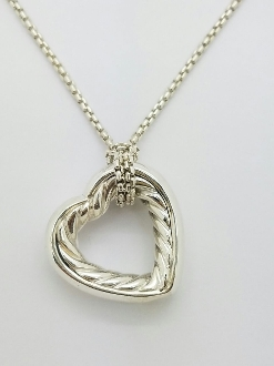 David Yurman 18K Open Heart SS Pendant Cable Station Necklace