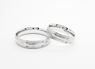 Sterling Silver Brushed Trim & High Polish Wedding Band 5.5mm