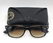 Ray-Ban New Wayfarer Classic Sunglasses RB 2132 with Case