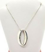Tiffany & Co 925 Sterling Silver Oval Pendant Necklace
